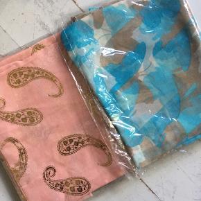Flotte tørklæder - aldrig brugt! Mange stadigt i indpakning. Intet mærke på. Sælges for 25 kr pp. Bytter ikke.