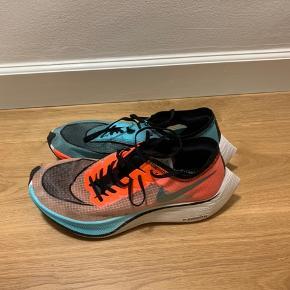 Nike ZoomX Vaporfly next%.  Brugt få gange, og mest på løbebånd.  Pose medfølger.  Kom med bud.