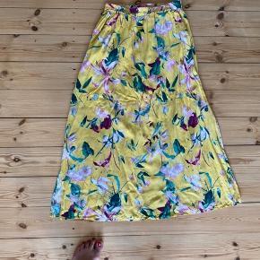Vero Moda gul sommer nederdel str. s, brugt få gange, nypris 199,-