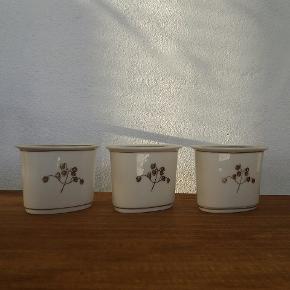 Hjertegræs mini vaser fra royal copenhagen stel. Kr pr stk