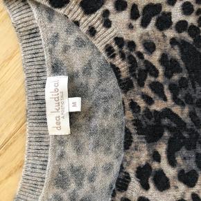 Dea Kudibal bluse