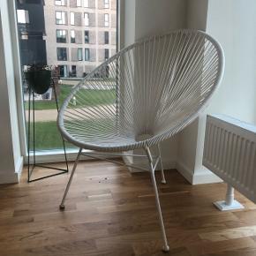 Flet stol fra Bahne sælges Ny prisen var 1000 kr.  Den er i rigtig fin stand, dog lidt 'rust' på fødderne (se billede) Sælges pga. flytning