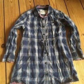 H&m kjole skjorte str 116 -fast pris -køb 4 annoncer og den billigste er gratis - kan afhentes på Mimersgade 111 - sender gerne hvis du betaler Porto - mødes ikke andre steder - bytter ikke
