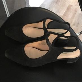 Sorte ruskind sko - brugt få gange.