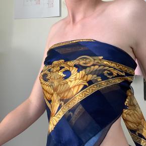 Versace tørklæde