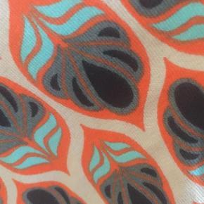 Brand: Tranquillo Varetype: A-line Størrelse: XXL Farve: Multi  Lækker nederdel i økologisk bomuld.