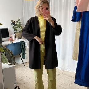 Flatterende oversize frakke, uden lukning!