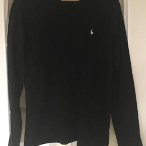 Bluse Farve: Sort Oprindelig købspris: 600 kr.