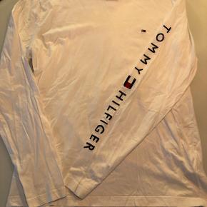 Langærmet Tommy Hilfiger t-shirt