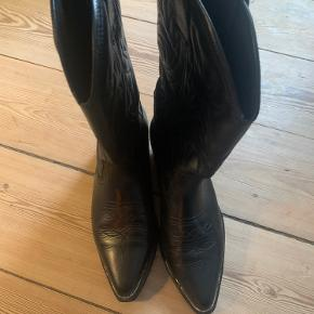 Roots støvler