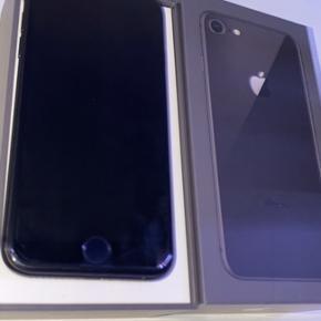Iphone 8 perfekt stand ingen ridser el mærker 265GB , cover medfølger original kasse haves