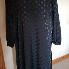 Smuk helt ny (med tag) kjole fra Cellbes #30dayssellout