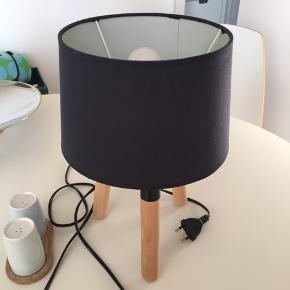 Créton Maison bordlampe, giver varmt blødt lys 😊