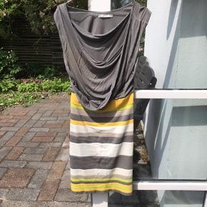 Lækker kjole fra Karen Millen.   Størrelse 3
