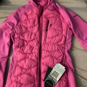 Splinter ny pink/lyserød peak performance helium hybrid jakke
