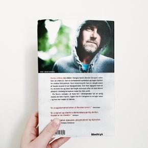 Jo Nesbø - Sønnen. Paperback.