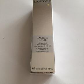 15 ml. Energie De Vie Eye Gel fra Lancôme. Er stadigvæk pakket ind i folie. Prisen er plus fragt.
