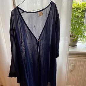 Bloch kimono