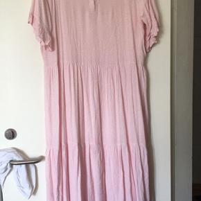 Rigtig fin kjole fra Boii.  Xl.