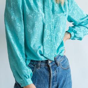 Smukkeste vintage skjorte sælges!