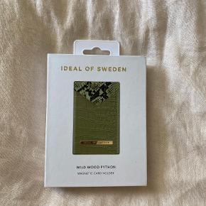 Ideal of Sweden Pung