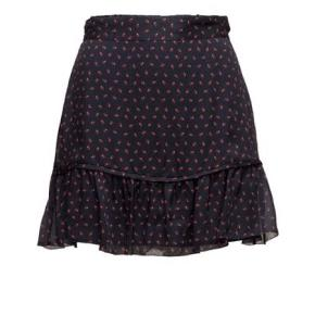 Smuk kort Custommade nederdel som kan bruges til jule frokost / nytår.  Sidder smukt på!   Kan sende hurtigt.  Jeg giver gerne mængde rabat hvis du er interesseret i andre ting på min shop :-)