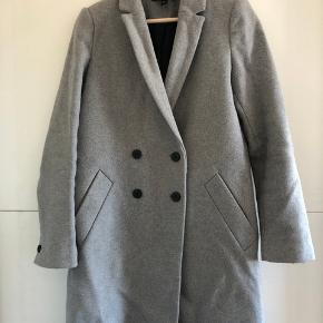 ZARA trf_outerwear - str. S  BYD gerne, prisen kan forhandles!