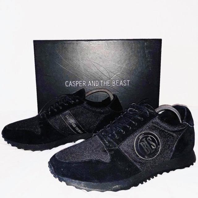 Nike Oatmeal Leather Air Max Thea Ultra Sneakers NWT
