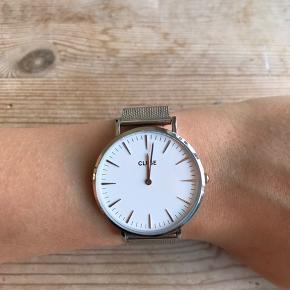 CLUSE ur i sølv Fremstår som nyt  Justerbart