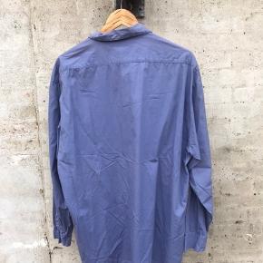 Stone island marina skjorte fra 1985 Sjælden skjorte i pæn stand, ikke mange tilbage af dem