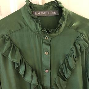 Så lækker silkeskjorte - god til alle juledagene