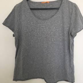 HUGO BOSS t-shirt