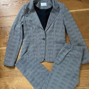 Lækkert jakkesæt med strech
