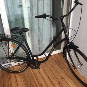 Helt ny cykel fra Mustang købt i Viby Kvickly sælges da jeg bruger en anden