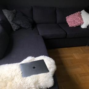Sælger min dejlige sofa Kan ik huske hvilket mærke den er fra. Super god stand intet Byd