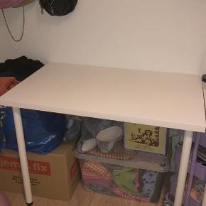 Ikea skrivebord, linnmon.  100x60.