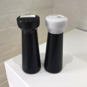 Salt og peber kværn, sort eg med marmor top
