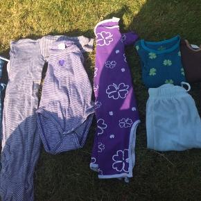 Velholdte bluser, bukser og heldragt til pige og dreng fra mærkerne Holly's, Mini a ture og Smallstuff i st. 62-68. Sælges helst samlet. Fra ikke-ryger hjem.