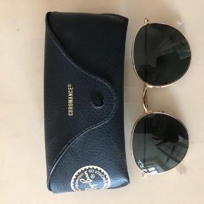 Super cool solbriller. Ring eller skriv på 26826097 for yderlig info.