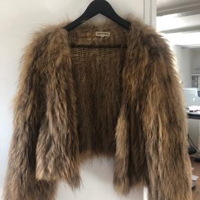 Lækreste meotine pels - i vaskebjørn