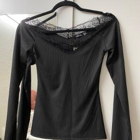 Sælger denne fine trøje i str. 34/XS.  Stadig prismærke på.