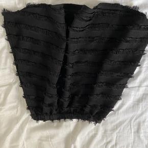 Fin nederdel sælges💜