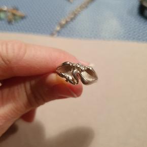 Smuk sølvring! Stor Str. 54 lille str 55. 😍