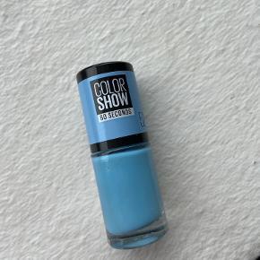 Maybelline Negle & manicure