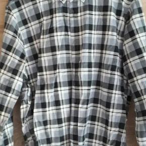 Lækker blød skovmandsskjorte, aldrig brugt og med prismærke