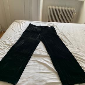 Str 40 Velour bukser