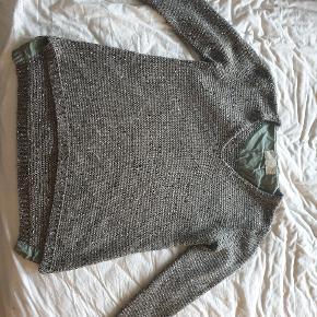 Super lækker mørkeblå sweater med glimmer #30dayssellout