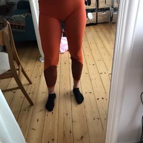 Adidas leggings, tights. Str 38. Orange.