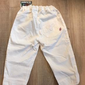 Sprit nye Hummel pirat bukser med prismærke. Oprindelig pris 300 kr. købt på tilbud til 125 kr.