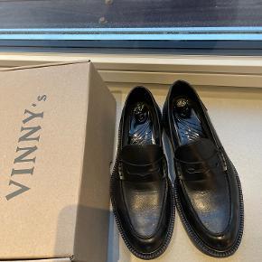 Vinny's flats